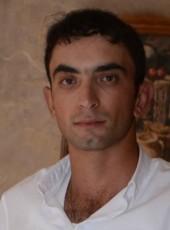 Hovik, 29, Armenia, Gyumri