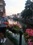 Alex, 24  , Gent