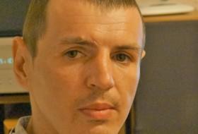 Maksim, 40 - Just Me