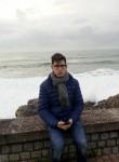 Adrián, 27, Huesca