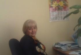 Olya, 59 - Just Me