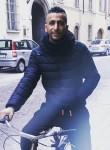 Bassem, 26  , Roissy-en-Brie