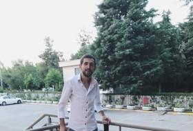 Hasan, 26 - Just Me