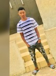 Florian, 21, Yamoussoukro