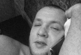 Stanislav, 32 - Just Me