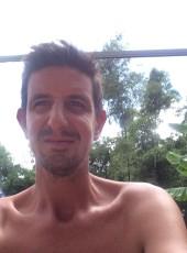 kevin, 36, Réunion, Le Tampon