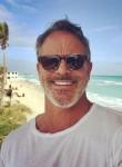 Thomas Anderso, 56  , Fresno (State of California)