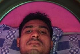 mahbur mahbur, 28 - Just Me