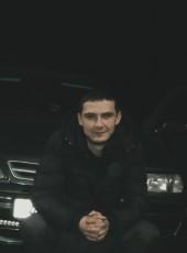 Evgeniy, 30, Belarus, Slonim