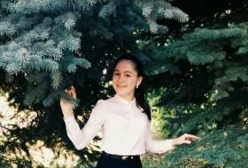 Albina, 19 - Just Me