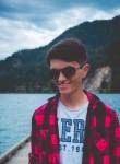 Aaron, 18  , Victoria