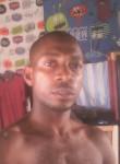 Davy ondo, 35  , Libreville