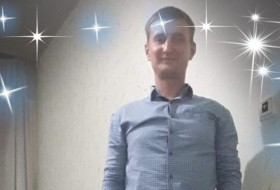 Oleksandr, 19 - Just Me