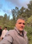 Moshe, 40  , Tel Aviv