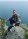 Roman, 41  , Partizansk