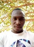 Issouf compaore, 25  , Ouagadougou
