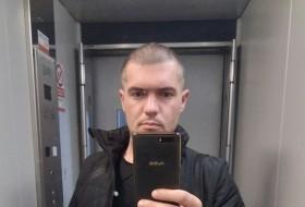 Oleg, 30 - Just Me