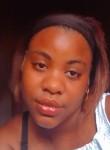 Eunice Arnaldo, 21, Luanda