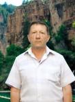 Aleksandr, 56  , Balashov