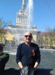 Vladimir, 66  , Tosno