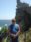 Pavel, 50  , Azov