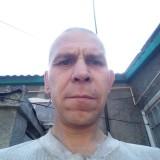 Andrey, 40  , Snizhne
