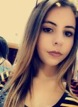 laurine, 20  , Moulins