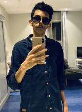 Abood, 18, Saudi Arabia, Tabuk