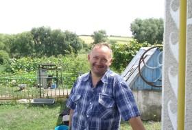 Pavlik, 47 - Just Me