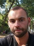 Jean-Yves, 25  , Pithiviers