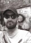 Domenico, 25  , Frattamaggiore