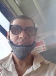 Lorenzo, 32  , Trani