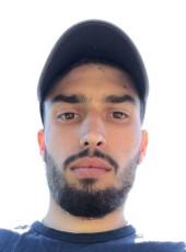 Thomas, 27, France, Perpignan