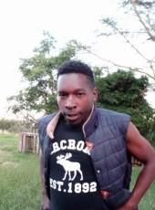 Demerllo, 21, Kenya, Nairobi