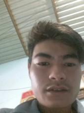Tri, 24, Vietnam, Ben Tre