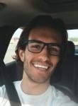 Travis, 24  , Bloomington (State of Minnesota)