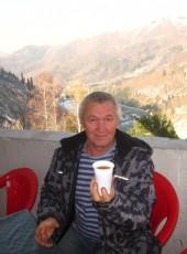 Pavel, 57, Russia, Neryungri