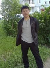 Artur, 31, Russia, Omsk