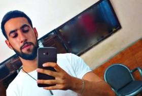 achraf, 23 - Just Me