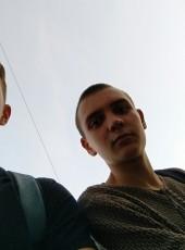 Zhenya, 18, Ukraine, Kiev
