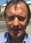 Gilles, 56  , Roquevaire