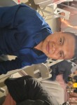 Leonel, 22, Van Nuys