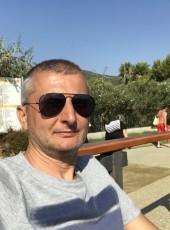HASAN, 48, Turkey, Istanbul