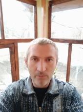 Viktor, 43, Russia, Bakhchysaray