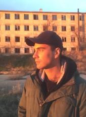Oleg, 24, Russia, Sevastopol