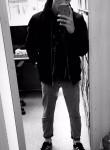 Kirill, 22  , Tver