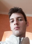 Cedric, 26  , Lannion