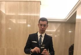 Malaga, 20 - Just Me