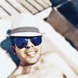 costantinos, 31  , Geri