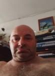 Burny, 52, Valenciennes
